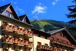 Ski and Wellness Residence Druzba