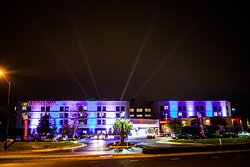 Crowne Plaza Dulles Airport Hotel