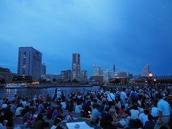 Kanagawa Shinbun Fireworks