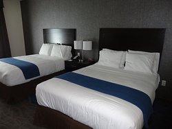 Holiday Inn Express at KU Medical Center