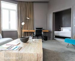 The Prestige suite at the Le Meridien Barcelona