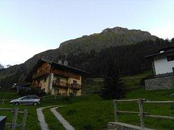 Residence & Ski Bar WalserTal