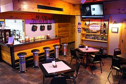 Pop's Kitchen and Taproom