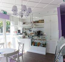 Saveur Cafe