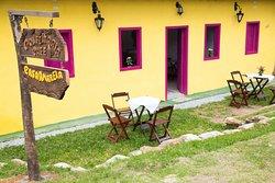 Confeitaria e Cafe Casa Amarela