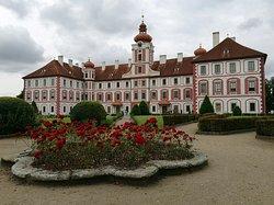 Zamek Mnichovo Hradiste