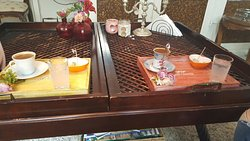 ÇaY-Tea's Lunchroom & Deco Home
