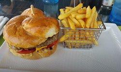 Gonu Bar & Grill