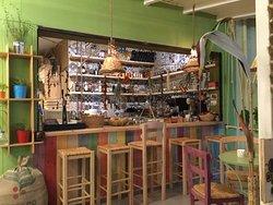 Kanela Store & Cafe