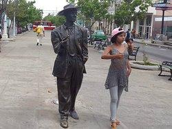 Estatua de Benny More