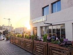 Alpesto Rayhan Restaurant & Cafe