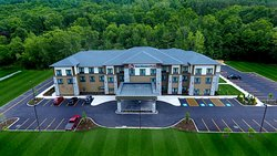 The Best Western Plus Hammondsport Hotel