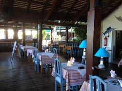 Restaurant aan de rivier