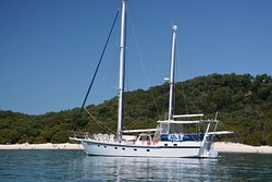 ‪Whitsunday Luxury Sailing Holiday‬