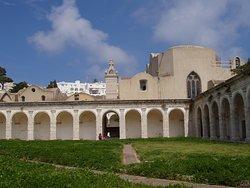 中世に建造された建物が・・