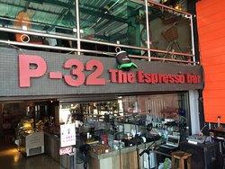P32 Expresso Bar