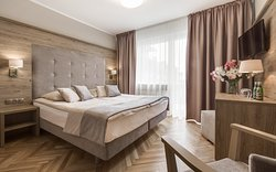 Hotel Konradowka Wellnes & SPA