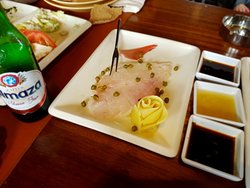 The raw fish, delicious .. but very expesnive