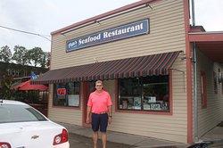Pete's Seafood Restaurant