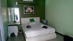 Dedy Beach Inn - Friendliest Hotel in Bali