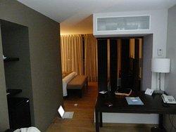 Excelente hotel! Moderno y bien ubicado! A unos pasos del angel de la independencia!