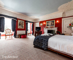 The Venetian Room at the Court Colman Manor