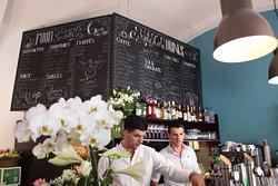 Candolini Cafe-Bar-Restaurant