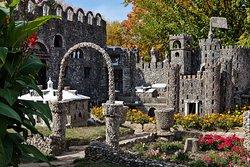 Nice wide shot of the castle at Hartman Rock Garden.