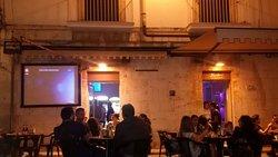 Bobos Wine Bar
