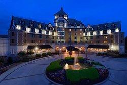 ホテル ロアノーク & カンファレンス センター - ア ダブルツリー バイ ヒルトン ホテル