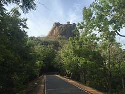 Well located for visiting the Sigiriya/Lion Rock