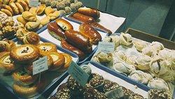 Karavai Bakery