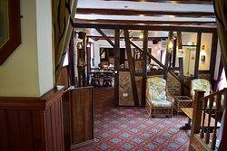 Black Horse Pub & Restaurant