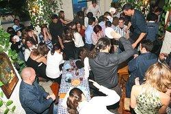 imagen taberna griega en Madrid