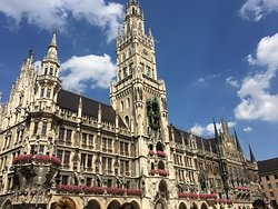 New Town Hall (Neus Rathaus)