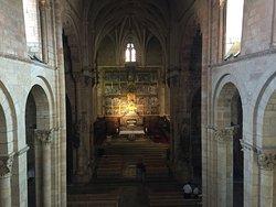 Vista de la nave central de la iglesia