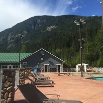 Crazy Creek Resort