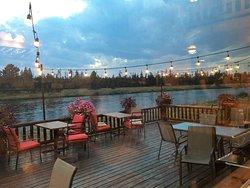 Angler Lodge & Riverfront Restaurant