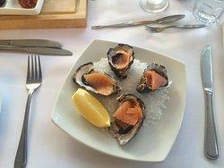 Good seafood restaurant