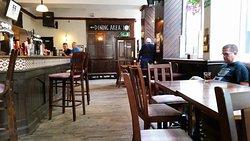 Lauders Bar