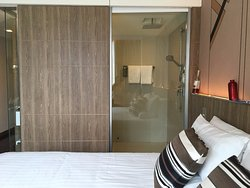 Great new modern hotel with excellent staffs
