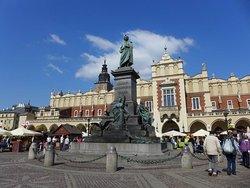 Adam Mickiewicz Monument (Pomnik Adama Mickiewicza)