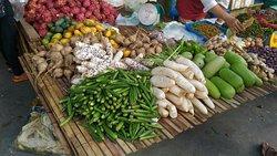 Mae Nam Morning Market