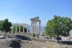 Akropol Hediyelik