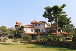 The Heritage House & Garden
