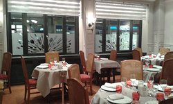 Chapeau Rouge Restaurant William Frachot