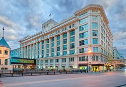 Residence Inn Milwaukee Downtown
