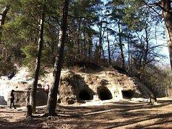 Grottes du Mont-Vully
