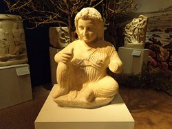 young girl 340-320 bce