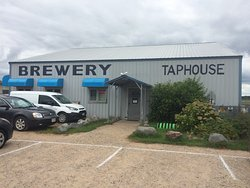 Tribute Brewery and Taphouse